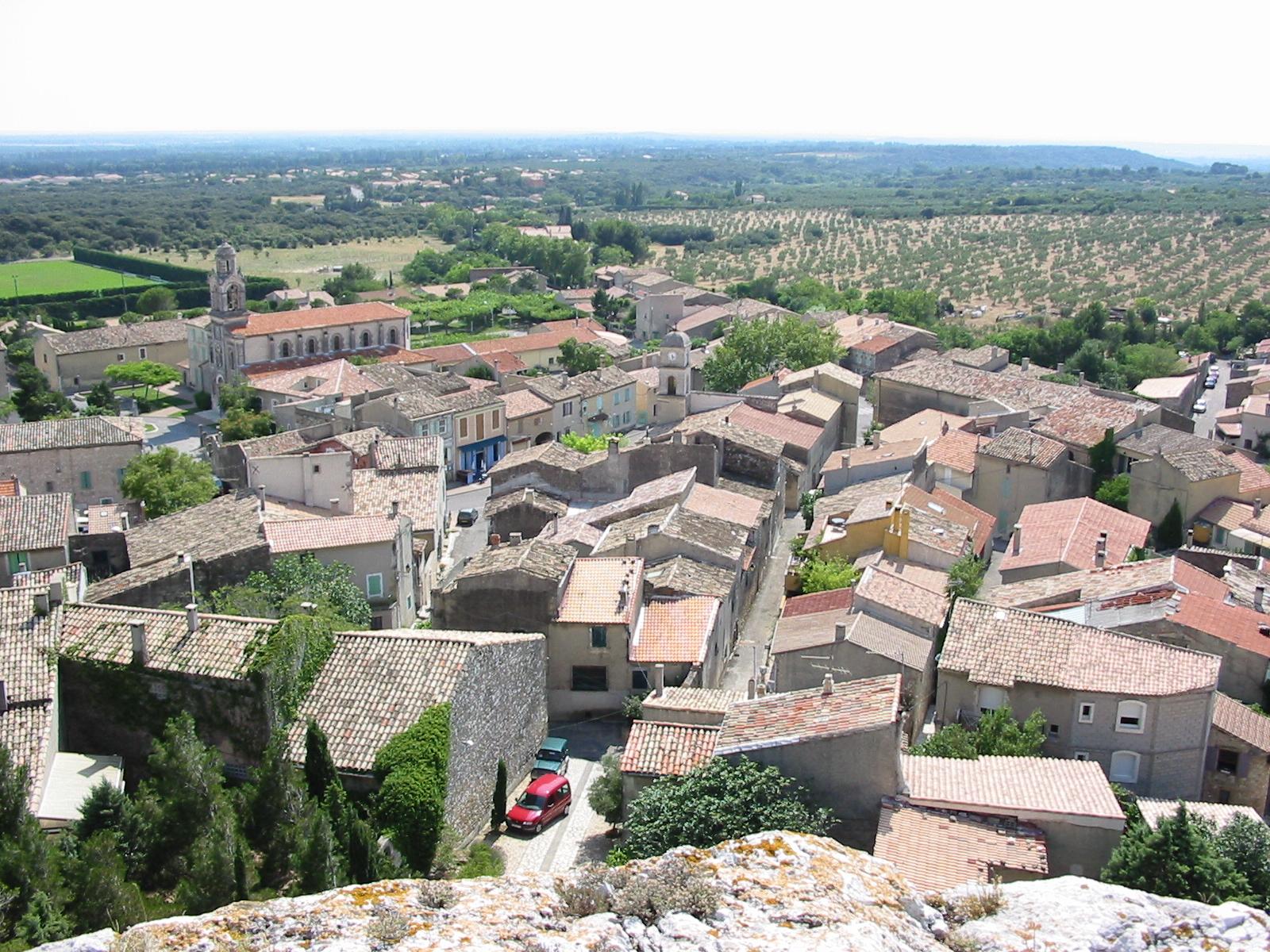 Les maires d 39 aureille bouches du rh ne g n provence - Marseille salon de provence ...