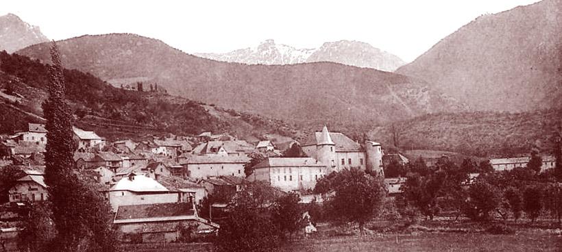 Vue générale de Montmaur. DR.