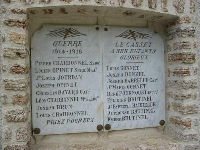 monument-casset