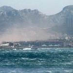Jour de tempête en rade de Marseille. by Vincent, DP.