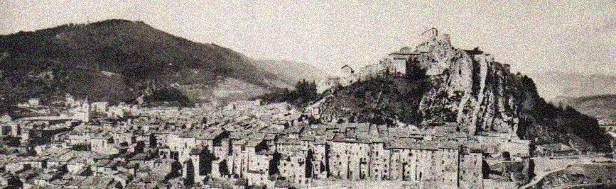 Vue générale de Sisteron. DR.