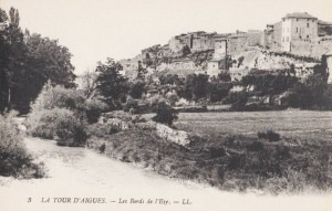 tour-d-aigues-bords-eze