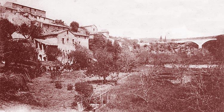 Trans-en-Provence. Le quartier des Moulins. DR.