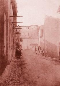 La grande-rue (Rustrel).