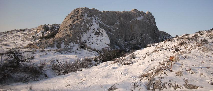 Neige dans les Alpilles. © Jean Marie Desbois, 2010.