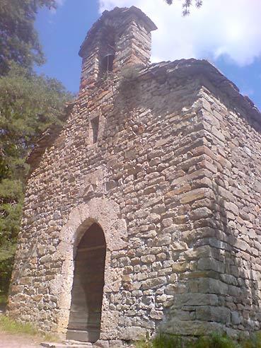 Chapelle Saint-Léger (Montclar). Elle existait déjà du temps du curé Lanthelme.