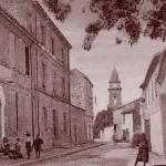 L'ancienne mairie de Fontvieille, actuel cours Hyacinthe-Bellon. DR.
