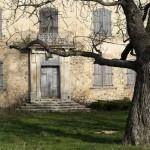Le château du Grand-Pré, à Vitrolles-en-Luberon, appartenait à Jean d'Ailhaud.© Thythy, 2008. Creative Commons