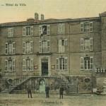 L'hôtel de ville de Lambesc, où fut célébré le mariage. DR.
