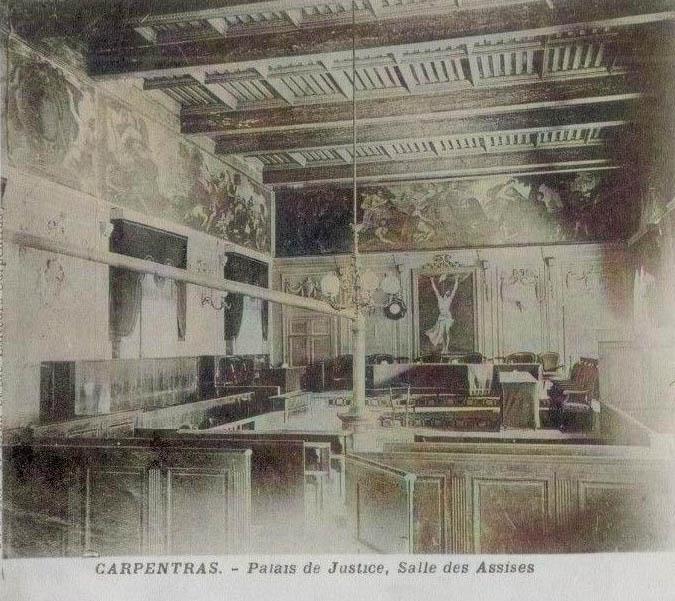 Salles des Assises où s'est déroulé le procès de Carpentras. DR.